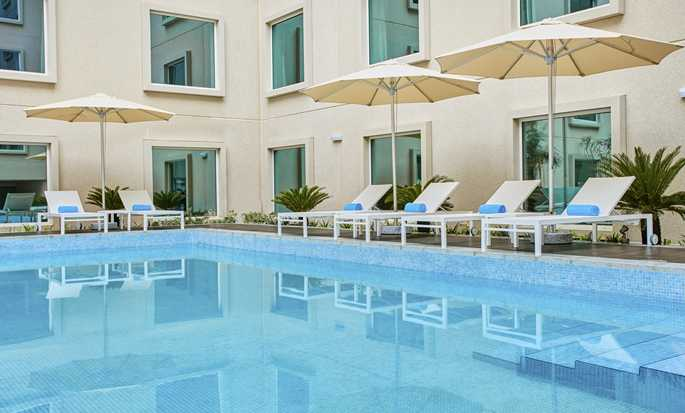 Hilton Garden Inn Mall of the Emirates Hotel – Außenpool